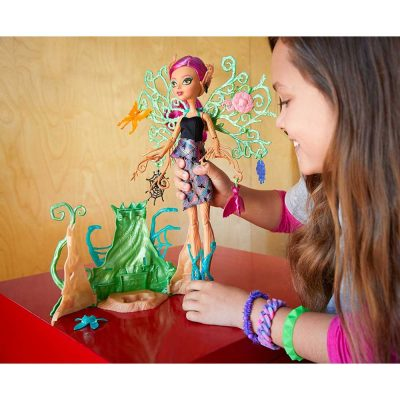 Monster-High-Garden-Ghouls-Papusa-Treesa-Thornwillow-7