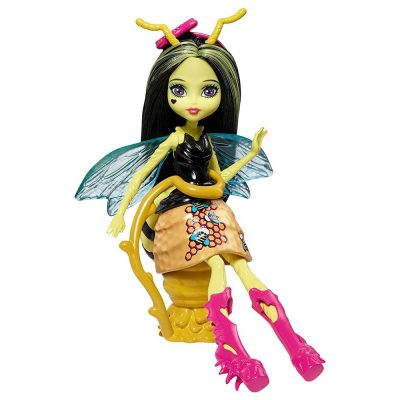 Monster-High-Garden-Ghouls-Papusa-Beetrice-1
