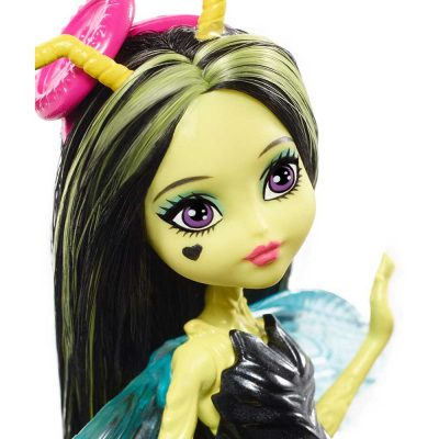 Monster-High-Garden-Ghouls-Papusa-Beetrice-5