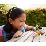 Monster-High-Garden-Ghouls-Papusa-Beetrice-6