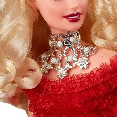 PAPUSA-BARBIE-DE-COLECTIE-HOLIDAY-2018-4