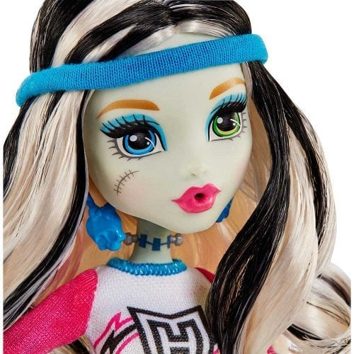 Set-de-Joaca-Vestiarul-Monster-High-si-Papusa-Frankie-Stein-9