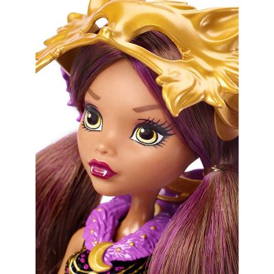Papusa-Clawdeen-Wolf-Transformarea-Monster-High-Ghoul-To-Wolf-5