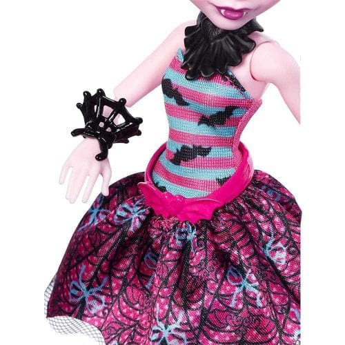 monster-high-balerina-draculaura-5