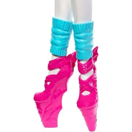 monster-high-balerina-draculaura-6