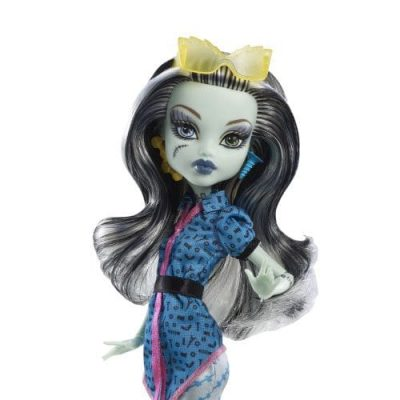 Monster High papusi plimbarete Frankie Stein 2