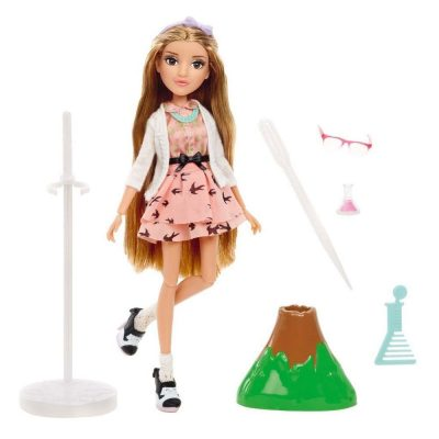 papusa-adrienne-project-mc2-1